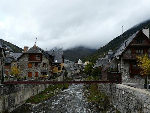 Vielha capital del valle de ar n - Inmobiliaria valle de aran ...